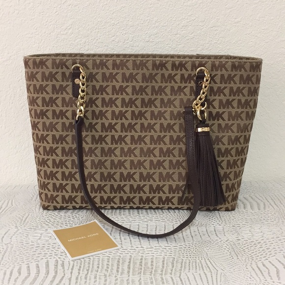 75c5af088d29 Michael Kors Bags | New Jet Set Ew Tassel Chain Tote Bag | Poshmark